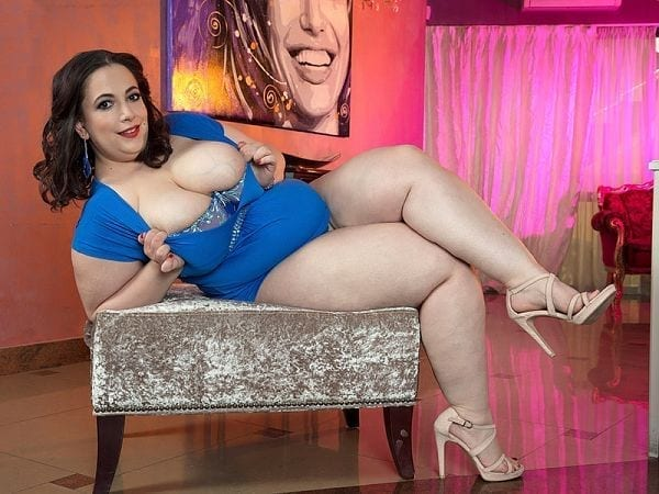 bbw mia sweetheart model