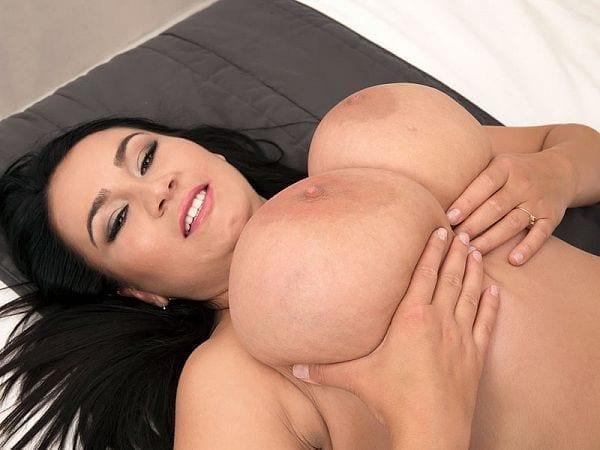BBW Helen Star big tits smiling