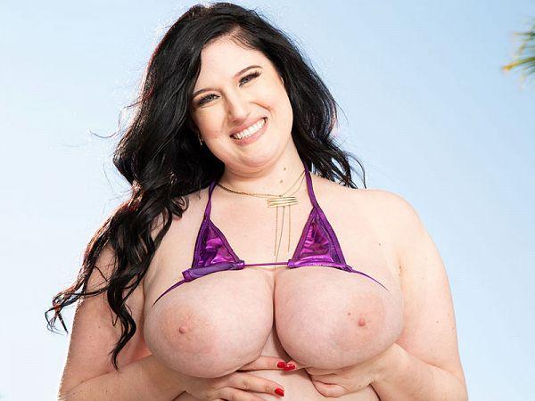 blake emerald fat model virgin girl