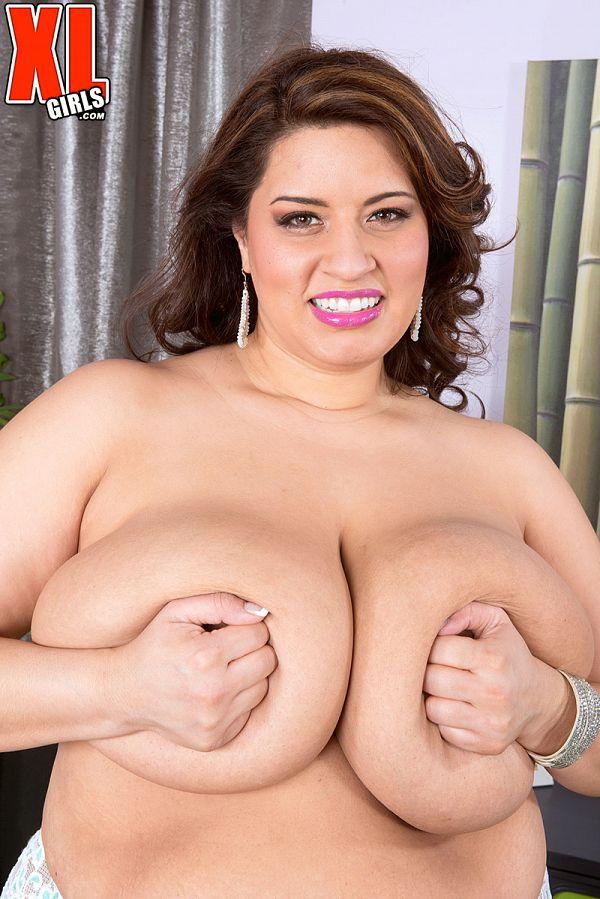 sofia rose bbw masturbation pic mature giant tits