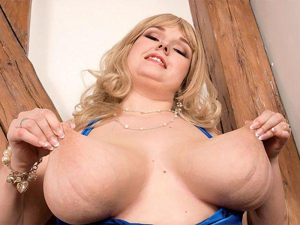 bbw jennifer vokova boobs
