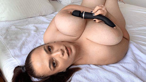 BBW Mia Sweetheart dildo masturbation XXX