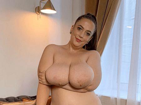 BBW masturbation Mia Sweetheart vibrator porn