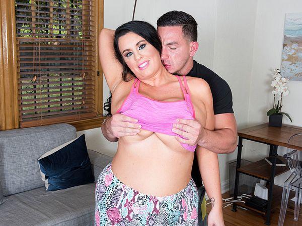 BBW Kat Bailey MILF sex video
